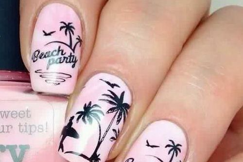 40 Beach Themed Nail Art for Summer Ideas 15