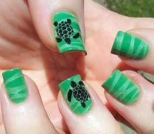 40 Beach Themed Nail Art for Summer Ideas 40
