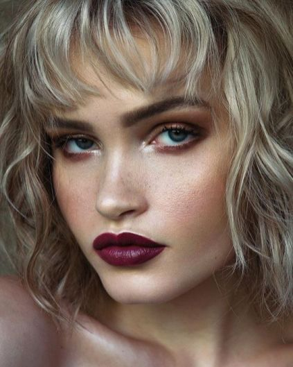40 Burgundy Makeup Look Ideas 15