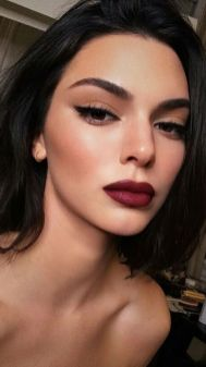 40 Burgundy Makeup Look Ideas 17
