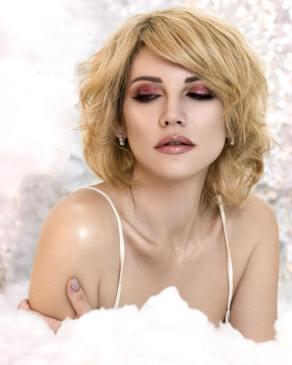 40 Burgundy Makeup Look Ideas 34