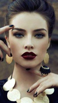40 Burgundy Makeup Look Ideas 5