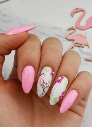40 Cute Flamingo Themed Nail Art Ideas 25