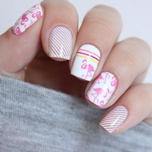 40 Cute Flamingo Themed Nail Art Ideas 28