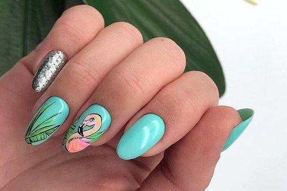40 Cute Flamingo Themed Nail Art Ideas 43