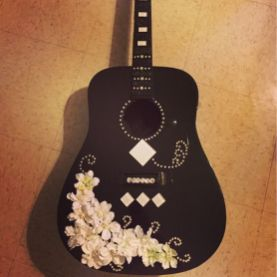40 DIY Repurpose Old Guitars Ideas 2