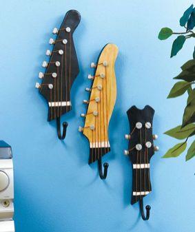 40 DIY Repurpose Old Guitars Ideas 24