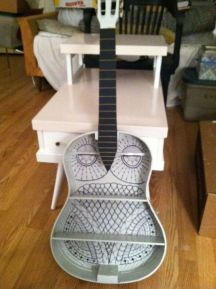 40 DIY Repurpose Old Guitars Ideas 8