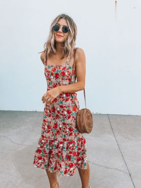 40 Fashionable Floral Print Dresses for Summer Ideas 17