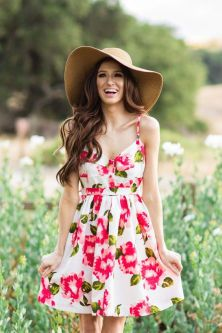 40 Fashionable Floral Print Dresses for Summer Ideas 32