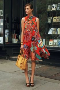 40 Fashionable Floral Print Dresses for Summer Ideas 6