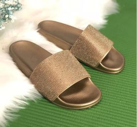 40 Glam Flat Sandals for Summer Ideas 13