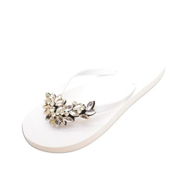 40 Glam Flat Sandals for Summer Ideas 16