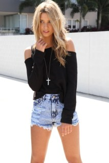 40 Hot pants Outfits for Perfect Summer Ideas 22