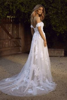 40 Off the Shoulder Wedding Dresses Ideas 16