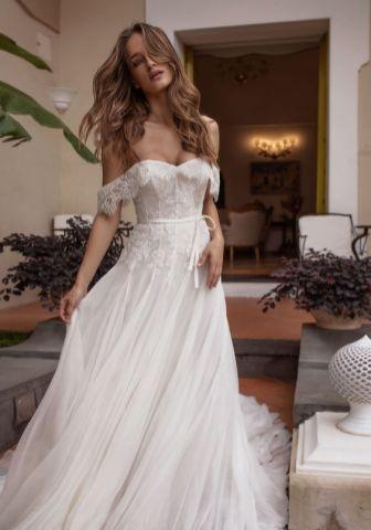 40 Off the Shoulder Wedding Dresses Ideas 30