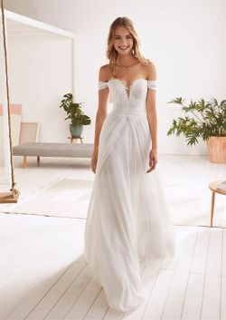 40 Off the Shoulder Wedding Dresses Ideas 44