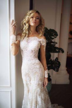 40 Off the Shoulder Wedding Dresses Ideas 49