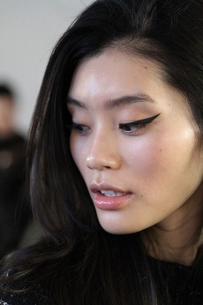 40 Simple Winged Eyeliner You Should to Copy 21
