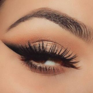 40 Simple Winged Eyeliner You Should to Copy 28