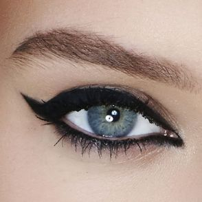 40 Simple Winged Eyeliner You Should to Copy 4