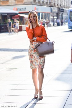40 Stylish Orange Outfits Ideas 22
