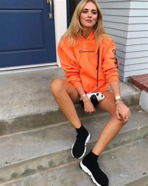 40 Stylish Orange Outfits Ideas 42