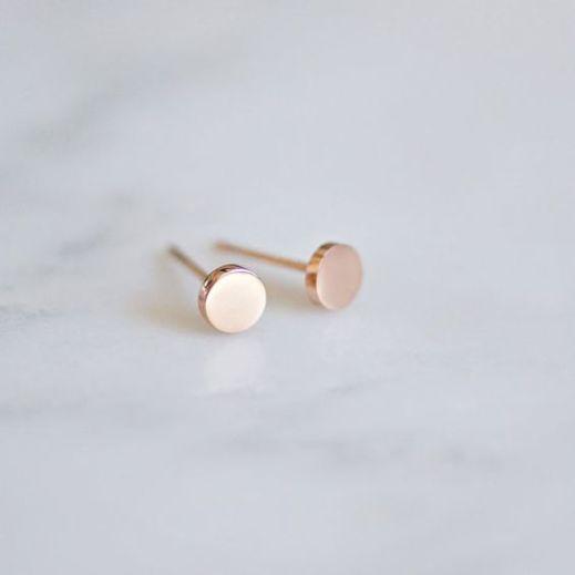 40 Tiny Lovely Stud Earrings Ideas 11