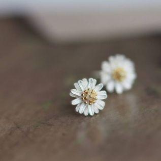40 Tiny Lovely Stud Earrings Ideas 17