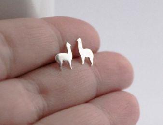 40 Tiny Lovely Stud Earrings Ideas 2