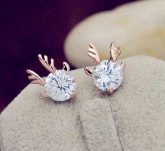 40 Tiny Lovely Stud Earrings Ideas 29