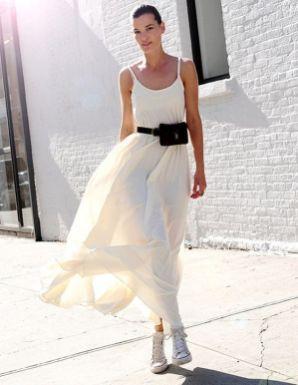 40 Ways to Wear Trendy Fanny Packs for Summer Ideas 16
