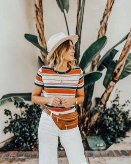 40 Ways to Wear Trendy Fanny Packs for Summer Ideas 27