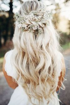 40 Wedding Hairstyles for Blonde Brides Ideas 11