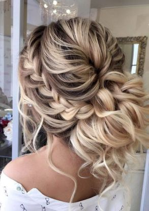 40 Wedding Hairstyles for Blonde Brides Ideas 31