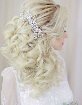 40 Wedding Hairstyles for Blonde Brides Ideas 32