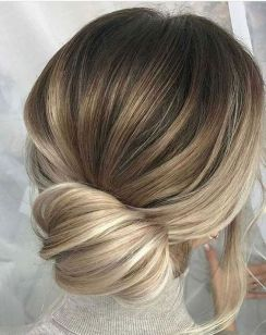 40 Wedding Hairstyles for Blonde Brides Ideas 36