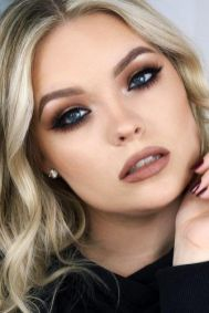 50 Blue Eyes Makeup You Need to Copy Ideas 33