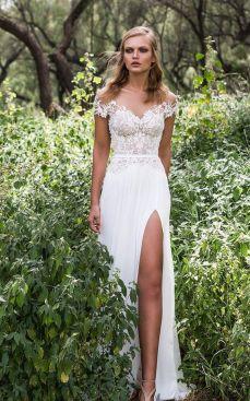 50 Bridal Dresses with Perfect Split Ideas 18