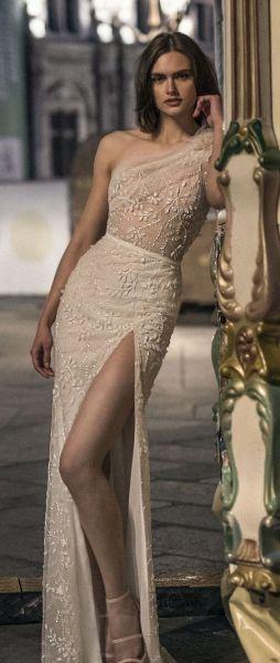 50 Bridal Dresses with Perfect Split Ideas 30 1