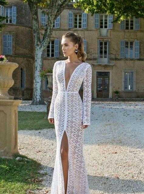 50 Bridal Dresses with Perfect Split Ideas 48
