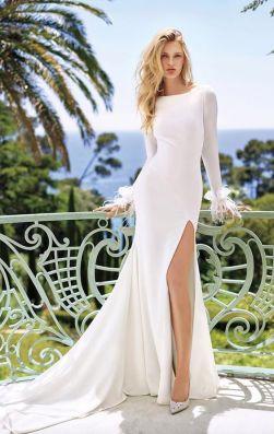 50 Bridal Dresses with Perfect Split Ideas 5