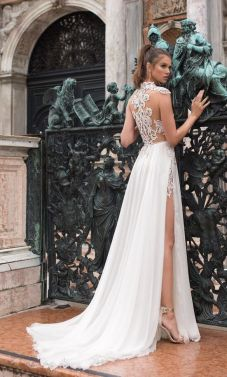 50 Bridal Dresses with Perfect Split Ideas 9 1
