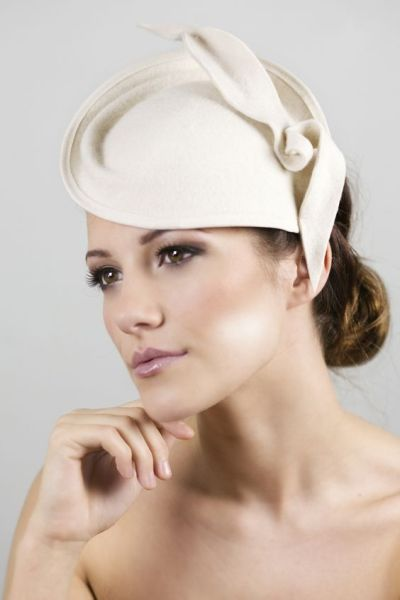 50 Bridal Hats You Will Love Ideas 11