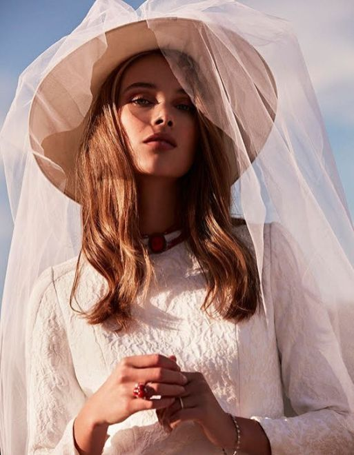 50 Bridal Hats You Will Love Ideas 23