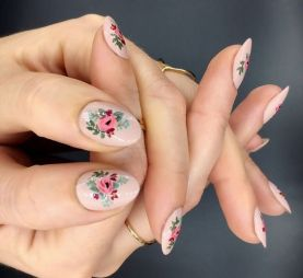 50 Floral Nail Art for Summer and Spring Ideas 26