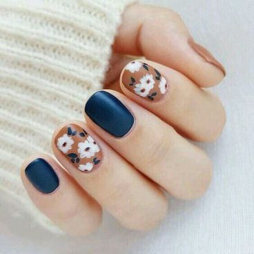 50 Floral Nail Art for Summer and Spring Ideas 49