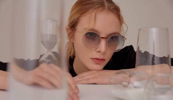 50 Stylish Look Sunglasses Ideas 34