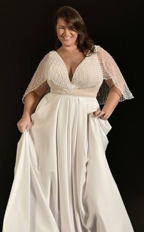 50 V Neck Bridal Dresses for Plus Size Ideas 13