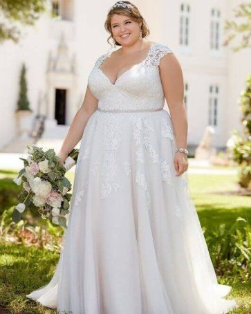 50 V Neck Bridal Dresses for Plus Size Ideas 19